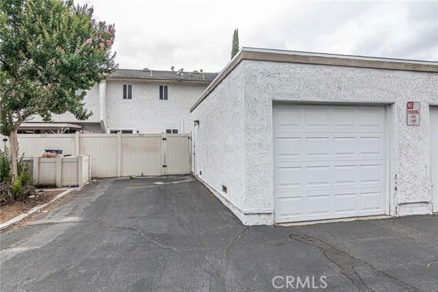1041 Clark Street, Riverside CA: http://media.crmls.org/medias/5105a487-d639-4a3d-afb6-662abb4475d6.jpg