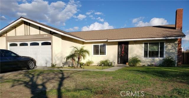 319 N Fillmore Avenue, Rialto CA: http://media.crmls.org/medias/510abceb-1be8-4a19-902a-7c6d35e41d93.jpg