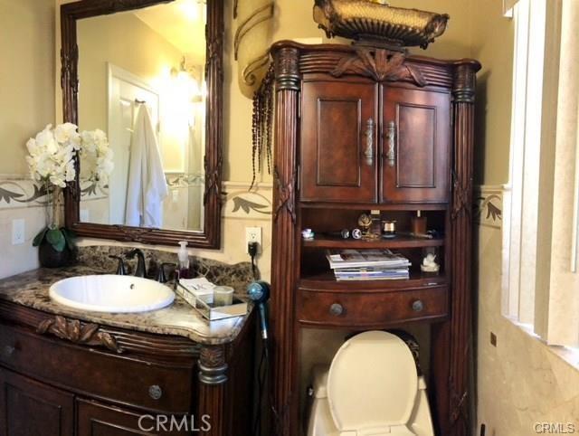 10752 Gerald Avenue, Granada Hills CA: http://media.crmls.org/medias/511f5499-4042-4821-9501-b9bee5719d48.jpg