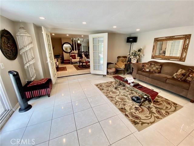 2655 W Sereno Place, Anaheim CA: http://media.crmls.org/medias/5127622f-5254-4404-b04f-f6a44134a5b1.jpg