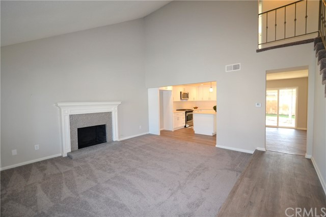 Casa Unifamiliar por un Venta en 12232 Christopher Lane Cerritos, California 90703 Estados Unidos