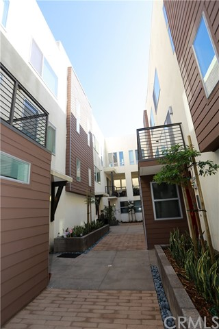1011 Roble Place Montebello, CA 90640 - MLS #: WS17264940