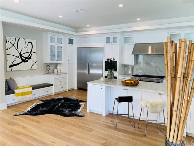 3020 Dona Emilia Drive, Studio City CA: http://media.crmls.org/medias/5134398f-2bdc-48fd-a4f8-e2a540ff3406.jpg
