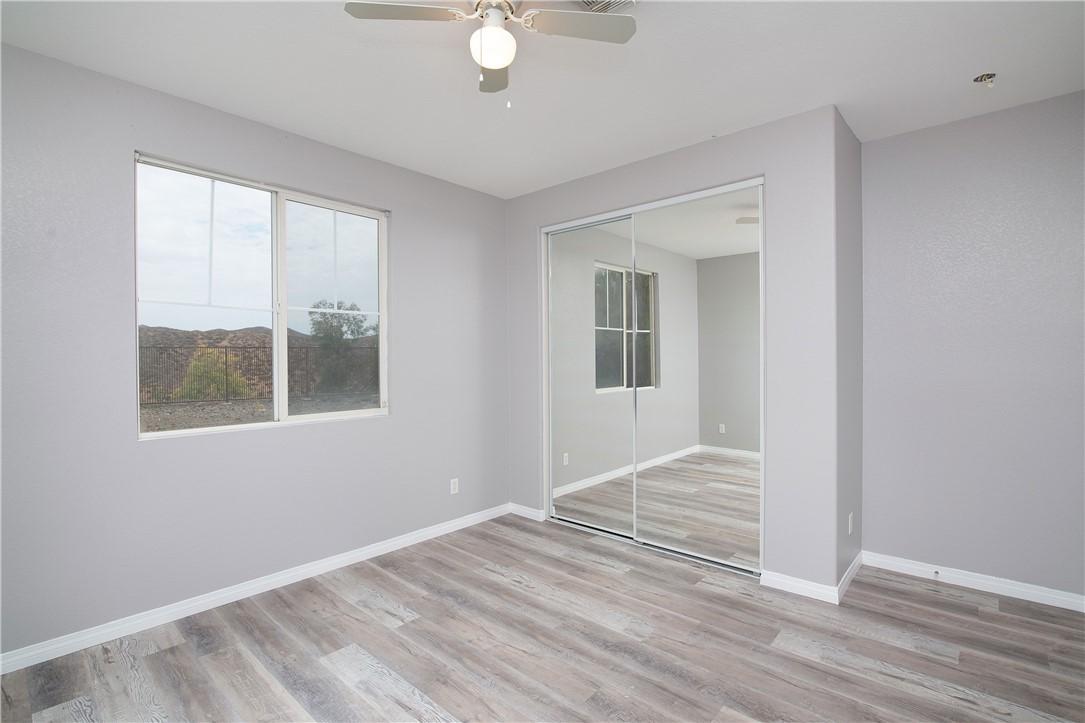 41047 Sunsprite Street, Lake Elsinore CA: http://media.crmls.org/medias/51387479-56cd-4641-b0f1-d338e3794466.jpg