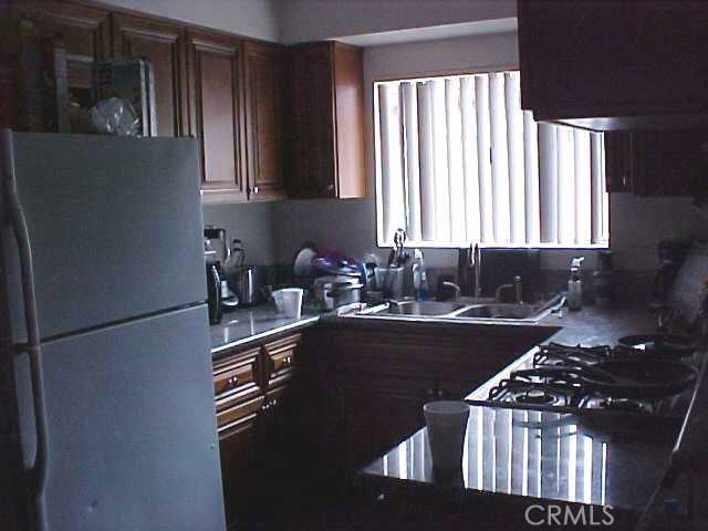 11990 Old River School Road, Downey CA: http://media.crmls.org/medias/514dd511-8354-4d7a-9847-570bf6262bc8.jpg