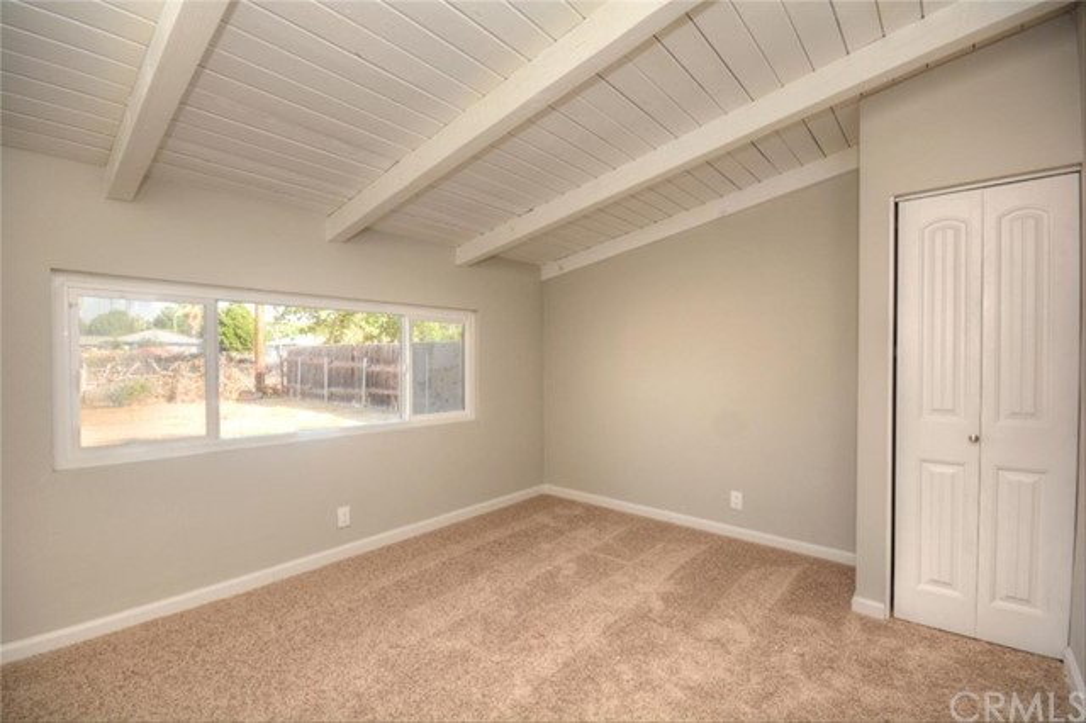 5958 Tower Road, Riverside CA: http://media.crmls.org/medias/51533503-a19e-425d-93bc-84c5104bbb43.jpg