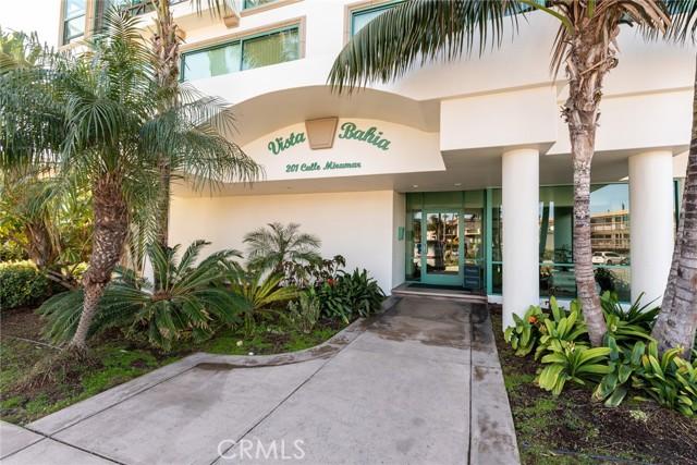 201 Calle Miramar, Redondo Beach, California 90277, 2 Bedrooms Bedrooms, ,2 BathroomsBathrooms,Condominium,For Sale,Calle Miramar,SB21050038