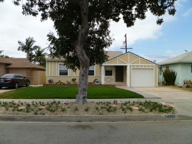 14033 Lefloss Avenue, Norwalk CA: http://media.crmls.org/medias/5172f524-896c-4cbf-bc90-6595b0c31f4a.jpg