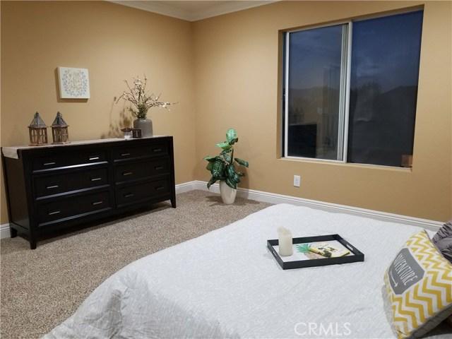 845 Pheasant Street, Corona CA: http://media.crmls.org/medias/517f5fd0-628a-4c06-bec8-5df5800f94c5.jpg