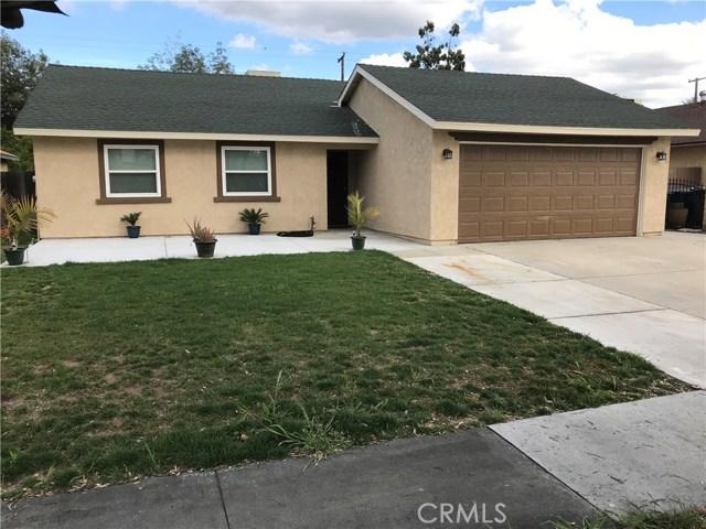 1560 Alta Street, Redlands CA: http://media.crmls.org/medias/5181f43c-7619-45cf-9767-d5cef94bea95.jpg