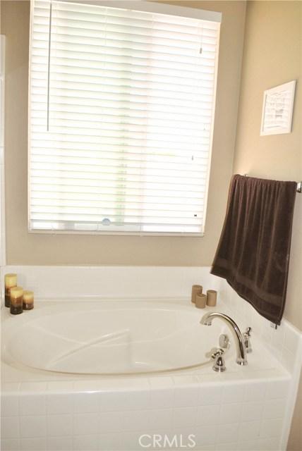 25422 Lone Acres Road, Menifee CA: http://media.crmls.org/medias/5182049c-152e-47a1-87d9-fe0d9501b5d0.jpg