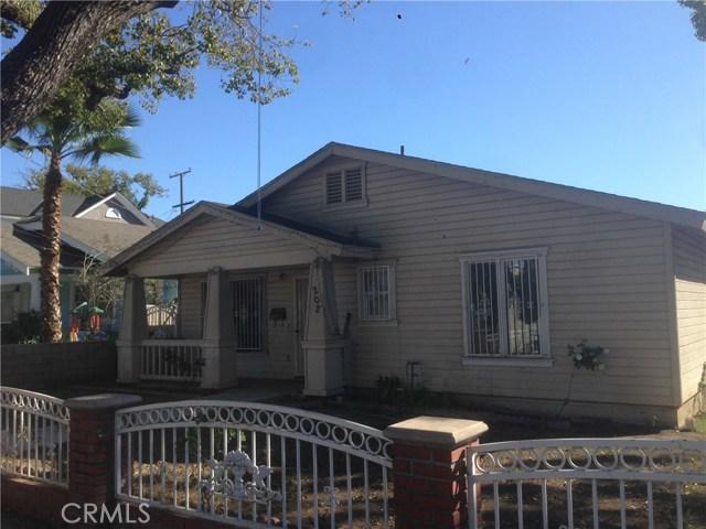 Single Family Home for Sale at 202 Chestnut Avenue E Santa Ana, California 92701 United States