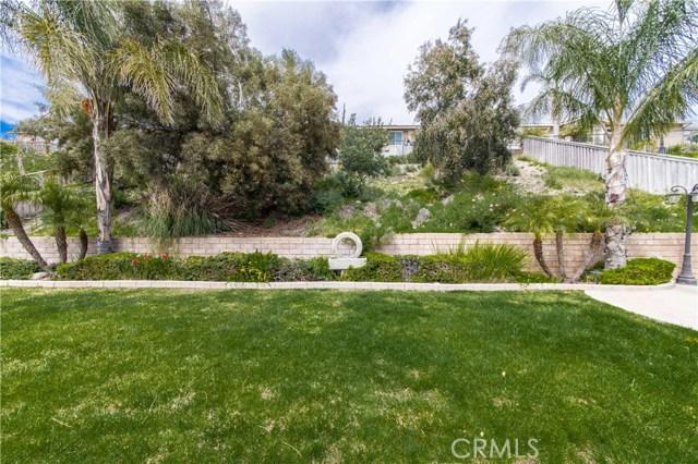 12260 Blackstone Drive, Rancho Cucamonga CA: http://media.crmls.org/medias/518994c2-01b8-432b-926c-34f10535e918.jpg