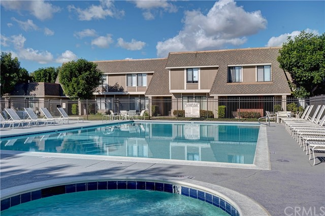 2142 W York Cr, Anaheim, CA 92804 Photo 31
