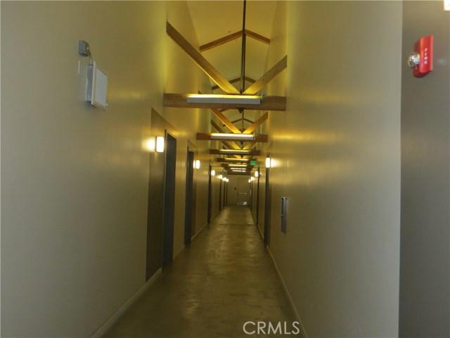 527 S Molino Street, Los Angeles CA: http://media.crmls.org/medias/518bdc9e-b0d0-474f-932b-c0afd742de92.jpg