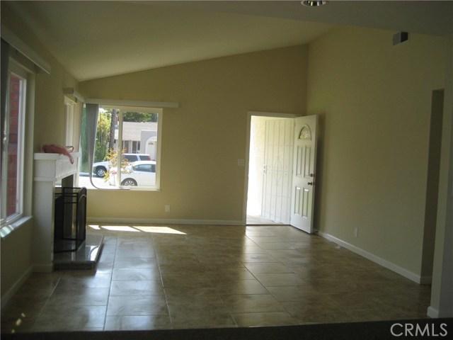 14901 Burnham Circle, Irvine CA: http://media.crmls.org/medias/51946d8f-bccc-4280-b851-9a3031d3e778.jpg