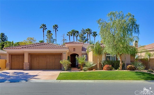 52375 Shining Star Lane La Quinta, CA 92253 is listed for sale as MLS Listing 216005934DA