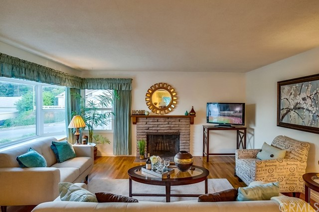 Photo of 1828 W Macarthur Street, Rancho Palos Verdes, CA 90275