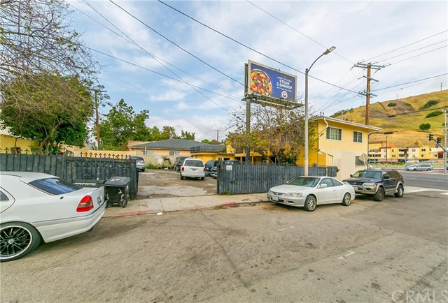 4127 Supreme Ct, Los Angeles, CA 90032 Photo 4