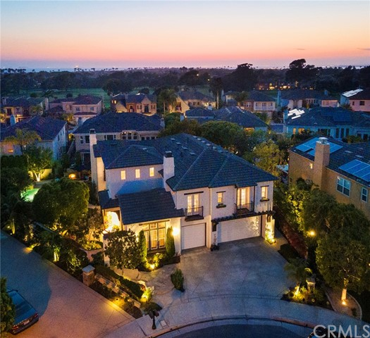 Detail Gallery Image 1 of 1 For 19611 Cloverwood, Huntington Beach,  CA 92648 - 4 Beds   3 Baths