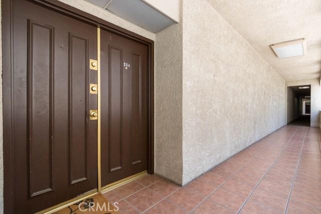 4705 Kester Avenue Unit 214 Sherman Oaks, CA 91403 - MLS #: SB18188522