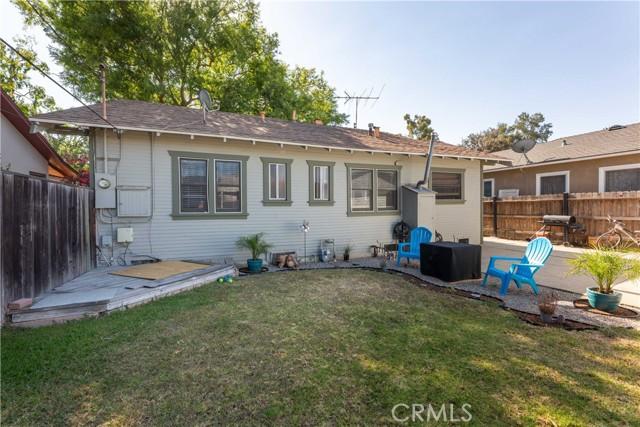 3707 Cerritos Avenue, Long Beach CA: http://media.crmls.org/medias/51b8c18a-39c2-4381-902f-443b2866e8e7.jpg