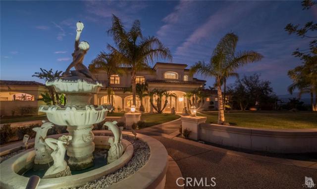 Casa Unifamiliar por un Venta en 1139 CORTE TULAROSA Camarillo, California 93010 Estados Unidos
