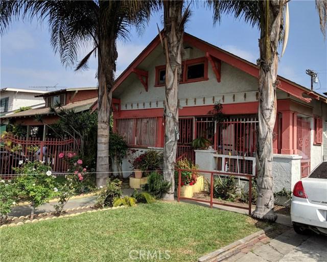 837 W 57th Street, Los Angeles CA: http://media.crmls.org/medias/51daaed2-3fe6-4cce-9674-ff7803950e2d.jpg