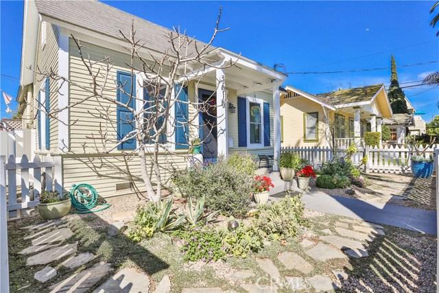 3615 E 8th Street, Long Beach CA: http://media.crmls.org/medias/51e4d45c-d219-4697-a9b9-21c5015bff19.jpg
