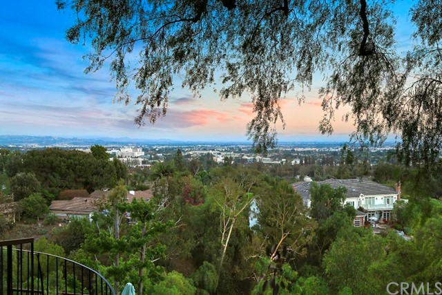 Single Family Home for Sale at 1817 Ladera Vista St Fullerton, California 92831 United States