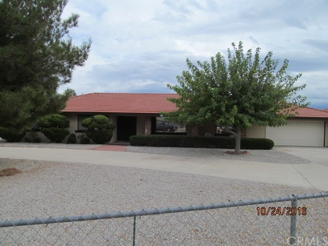 Single Family Home for Rent at 15595 Muscatel Hesperia, California 92345 United States