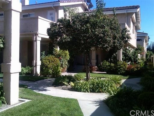 11330 215th Street # 12 Lakewood, CA 90715 - MLS #: PW17160701