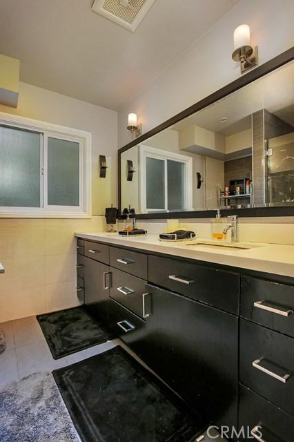 909 W Wilhelmina St, Anaheim, CA 92805 Photo 12