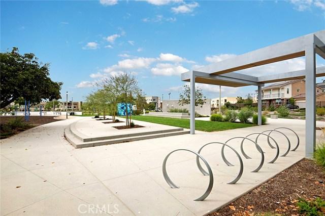 168 Follyhatch, Irvine CA: http://media.crmls.org/medias/520954fb-bf26-4ee7-bd20-f01cfc6e9b3b.jpg