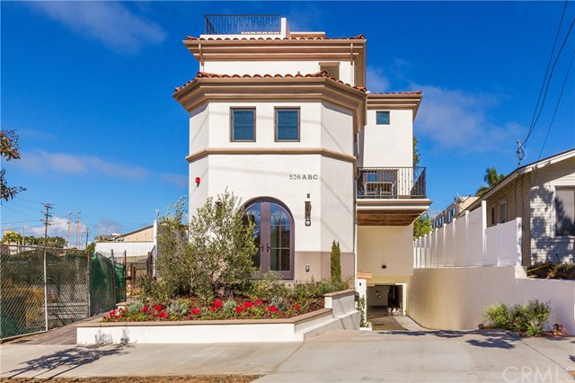 526 N ELENA Avenue B, Redondo Beach, California