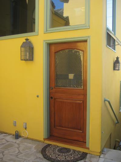 Condominium for Sale at 502 Fernleaf St # 2 Corona Del Mar, California 92625 United States