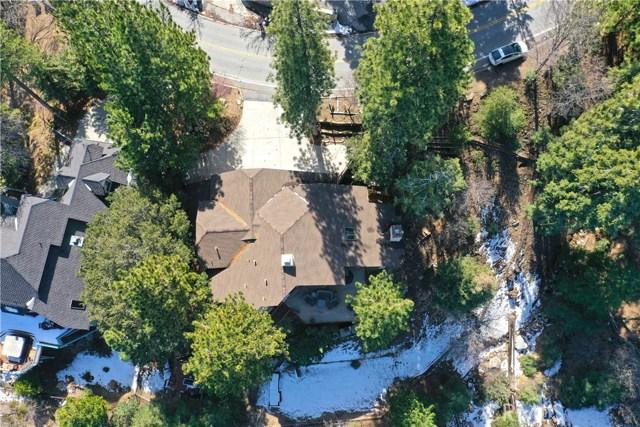 283 Fairway Drive, Lake Arrowhead CA: http://media.crmls.org/medias/521d141f-7a7f-4a24-ad94-a78141685d92.jpg