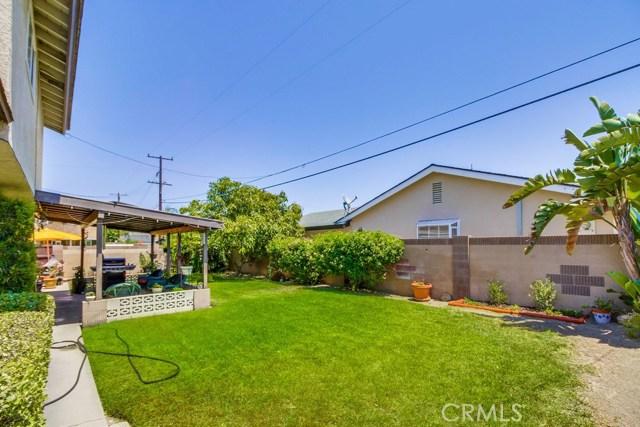 12682 Poplar Street, Garden Grove CA: http://media.crmls.org/medias/522d1fb4-09ac-4701-a88e-d775e563d5dd.jpg