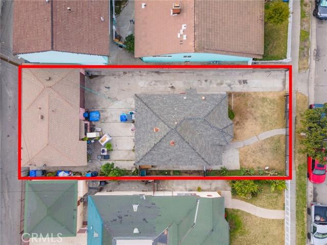 4572 Tweedy Boulevard, South Gate CA: http://media.crmls.org/medias/523687bd-700d-4bfe-ac33-ad4306efed1f.jpg