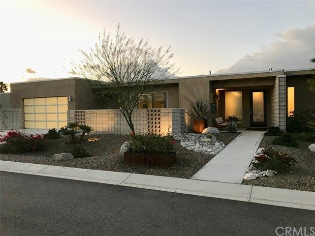 Single Family Home for Sale at 1095 Lucent Court 1095 Lucent Court Palm Springs, California 92262 United States