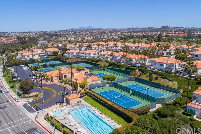 106 Tennis Villas, Dana Point CA: http://media.crmls.org/medias/5239997e-23b4-4437-97d5-33a87b336c20.jpg