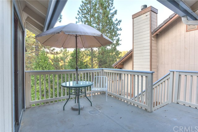 40557 Saddleback Road Bass Lake, CA 93604 - MLS #: YG17214069