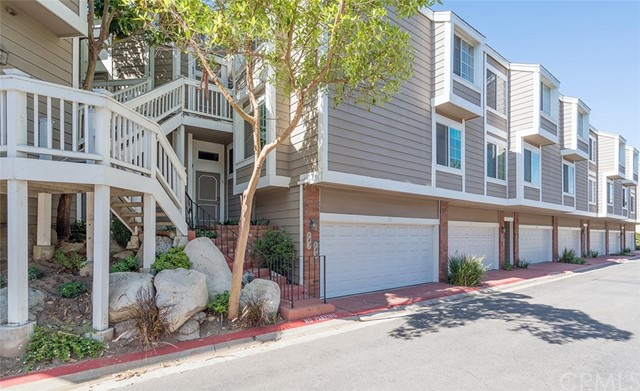 745 Schenley Bay 35 Costa Mesa, CA 92626 is listed for sale as MLS Listing OC17145644