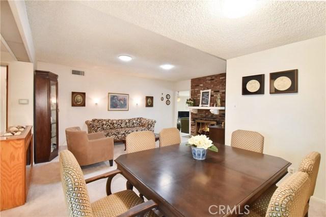 6209 Hungerford Street, Lakewood CA: http://media.crmls.org/medias/5256ce13-5631-4fef-b97c-6c7e5639e0f4.jpg