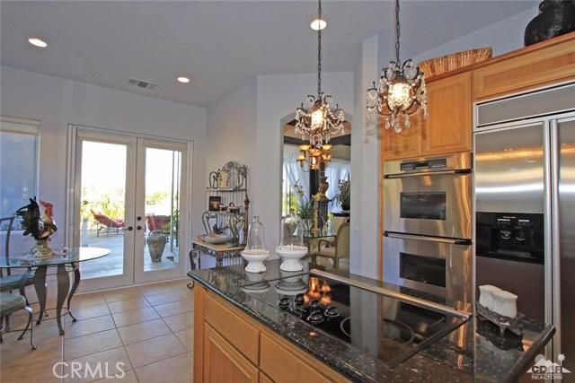 104 Loch Lomond Road, Rancho Mirage CA: http://media.crmls.org/medias/525d5eef-34f8-41b6-9fd2-0e1f28118dff.jpg