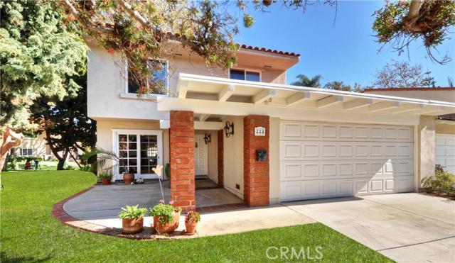 Single Family Home for Sale at 444 Vista Roma St Newport Beach, California 92660 United States