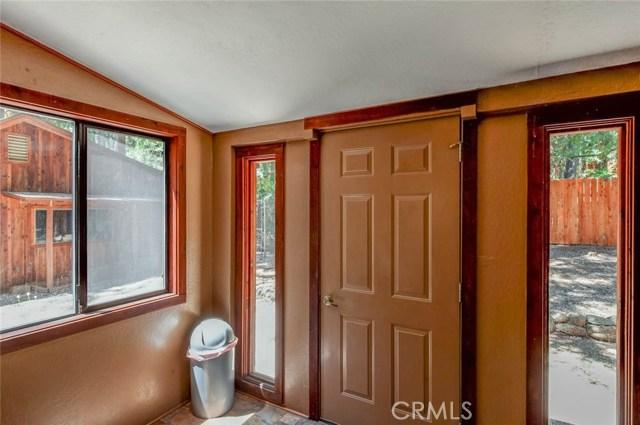 15555 Nopel Avenue, Forest Ranch CA: http://media.crmls.org/medias/525f4c66-1361-4847-808e-820b4db94463.jpg