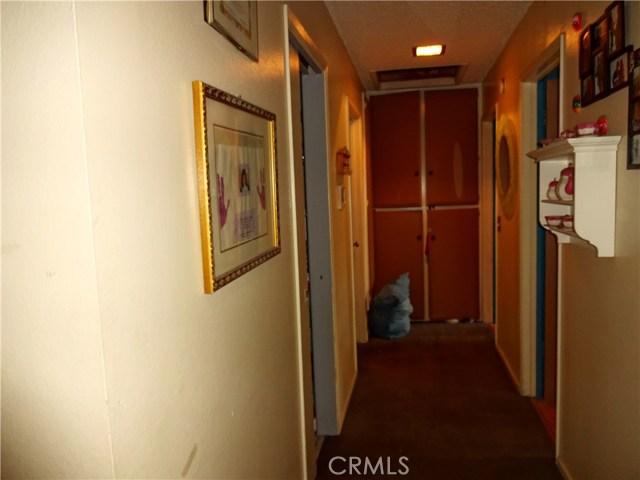 529 W Santa Cruz Street, San Pedro CA: http://media.crmls.org/medias/5260a072-154f-46cb-b4de-815dd3f06373.jpg