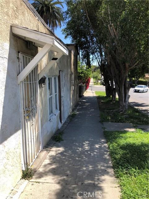 3027 Garnet Street, Los Angeles CA: http://media.crmls.org/medias/526473b2-c2e3-497f-b622-a250d28bebe4.jpg