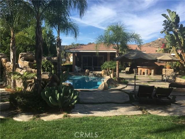 独户住宅 为 销售 在 496 E Pomello Drive 克莱尔蒙特, 加利福尼亚州 91711 美国